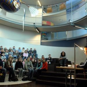 Lesung im Ballonmuseum (Foto: Merk)