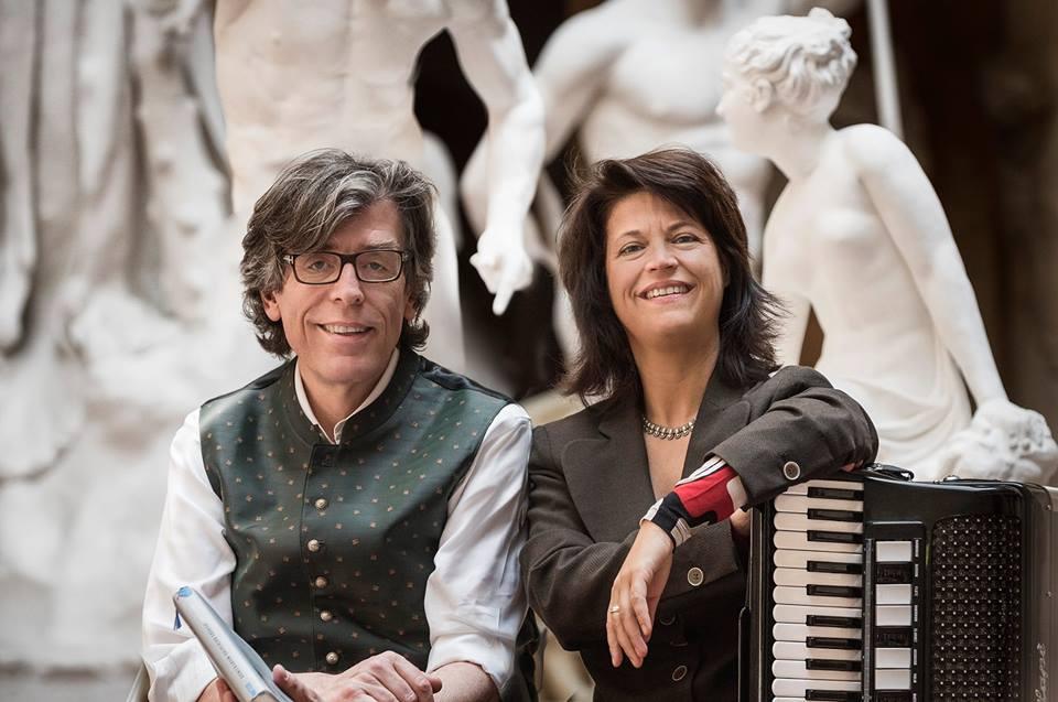 2017-06-01| 19:30 Uhr | Gerald Huber, der beliebte BR-2-Redakteur  & Maria Reiter