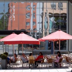 Auf dem Rathausplatz (Foto: Merk)
