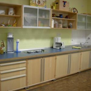 Kinder-Küchenzeile (Foto: Kita St. Elisabeth)