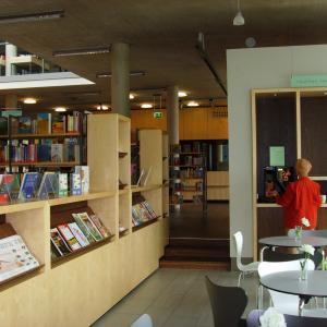 Lesecafé der Stadtbibliothek Gersthofen (Foto: Lechner)